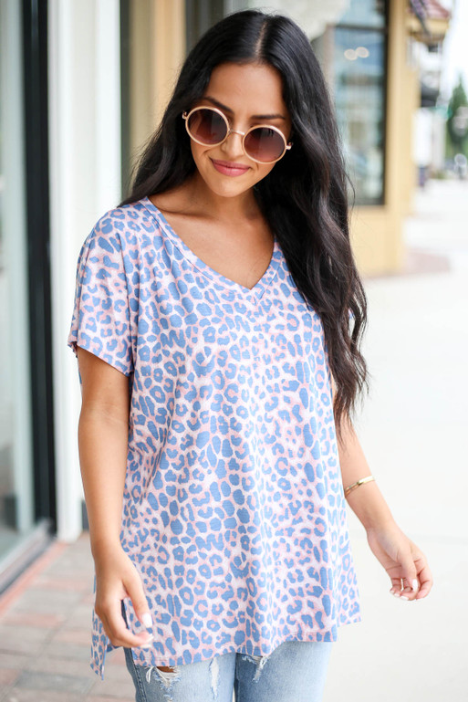 Blush - and Blue Leopard Print V-Neck Tee