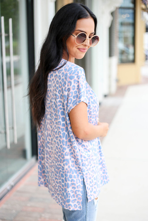 Blush - and Blue Leopard Print V-Neck Tee Side View