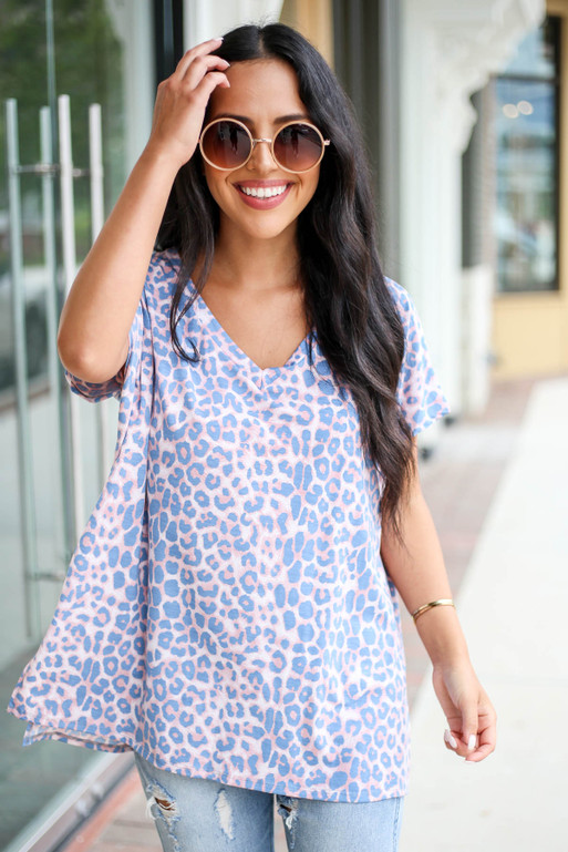 Model wearing Blush and Blue Leopard Print V-Neck Tee Front View