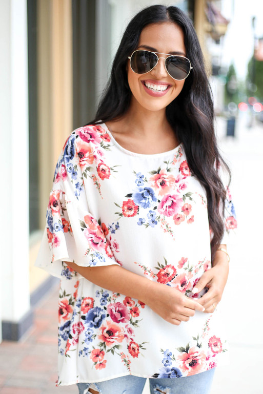 Ivory - Floral Ruffle Sleeve Top