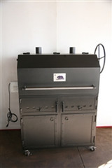 "Bear Flag Grill 1 - 42"" ARGENTINE GRILL WITH LID and Black Steel Cabinet"