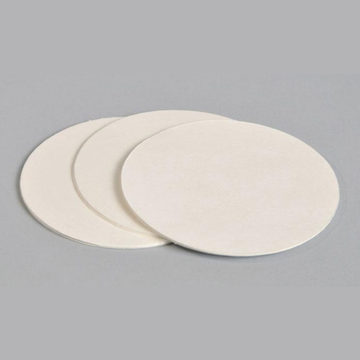 300 Pieces Qualitative Filter Paper 11 cm Diameter Round Filter Paper Medium Speed Paper Filter Circles Discs with 15-20 um Particle Retention for Lab Supply Oil Industry