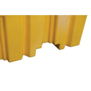 Eagle® 4 Drum Plastic Pallet, Without Drain, Yellow