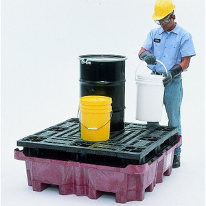 spill King with Flat Deck Pallet with Drain