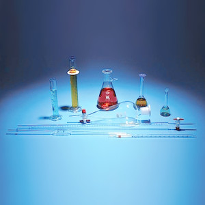 Lab Equipment Starter Kit, 19 piece Volumetric Glass Assortment