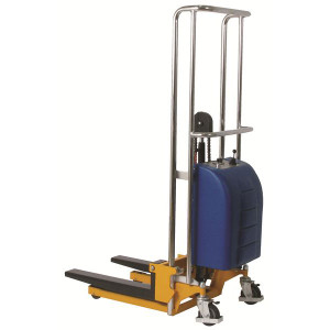 Wesco 273203 Battery Operated Value Lift Stacker