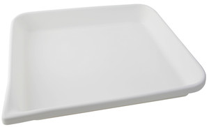 Lab Tray, Rounded Edge with Pour Spout, HDPE, 21 x 17 x 3""