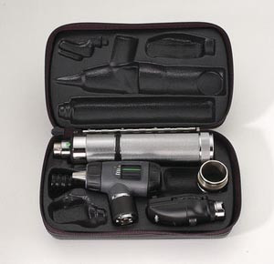 23820 Otoscope, 11710 Ophthalmoscope, 71000 Handle, and Hard Case
