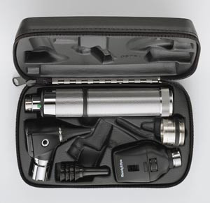 23810 Otoscope, 11710 Ophthalmoscope, 71000 Handle and Hard Case