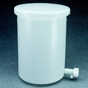 Nalgene® Cylindrical Tank with Cover and Spigot LLDPE, 30 gal