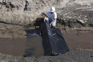 UltraTech 9712 Silt Dike Runoff Protection/ Erosion Control Barrier