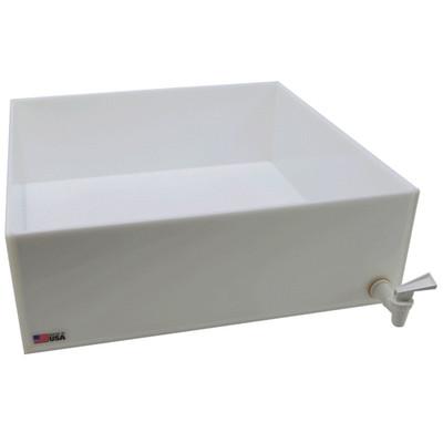 "Dispensing Lab Tray with Spigot, HDPE, 32 Liter, 18 x 18 x 6"""