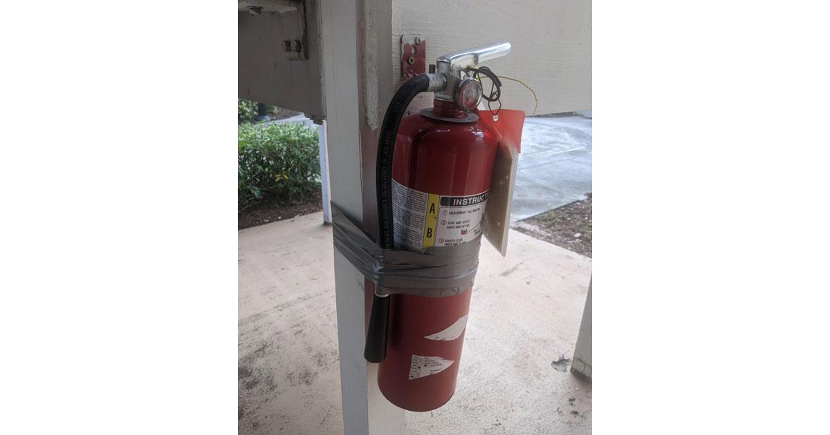 fire-extinguisher-fail.jpg
