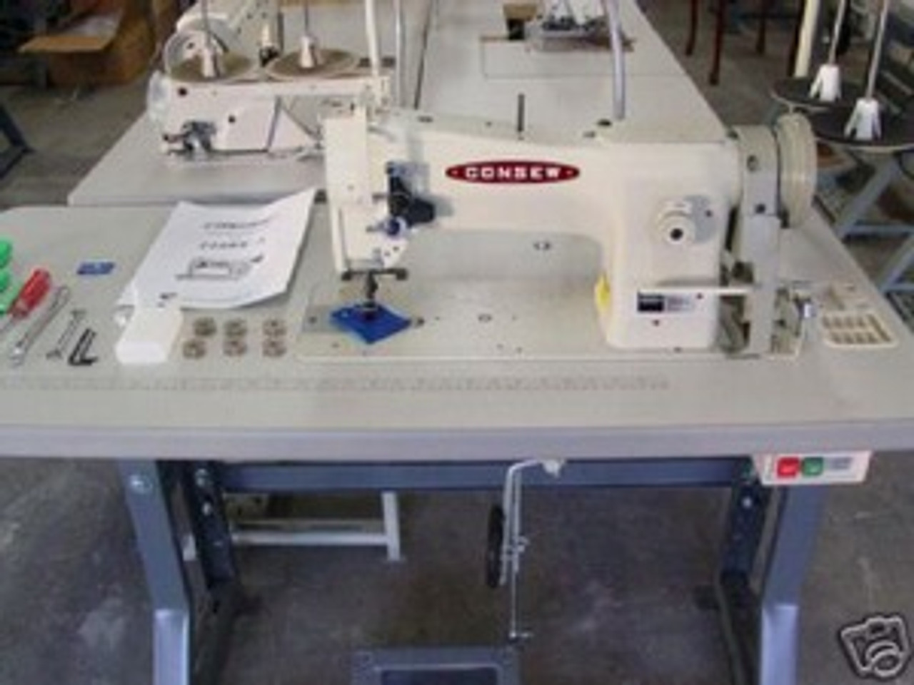 Consew 206RB5 Industrial Sewing Machine Walking Foot Clutch/Stand