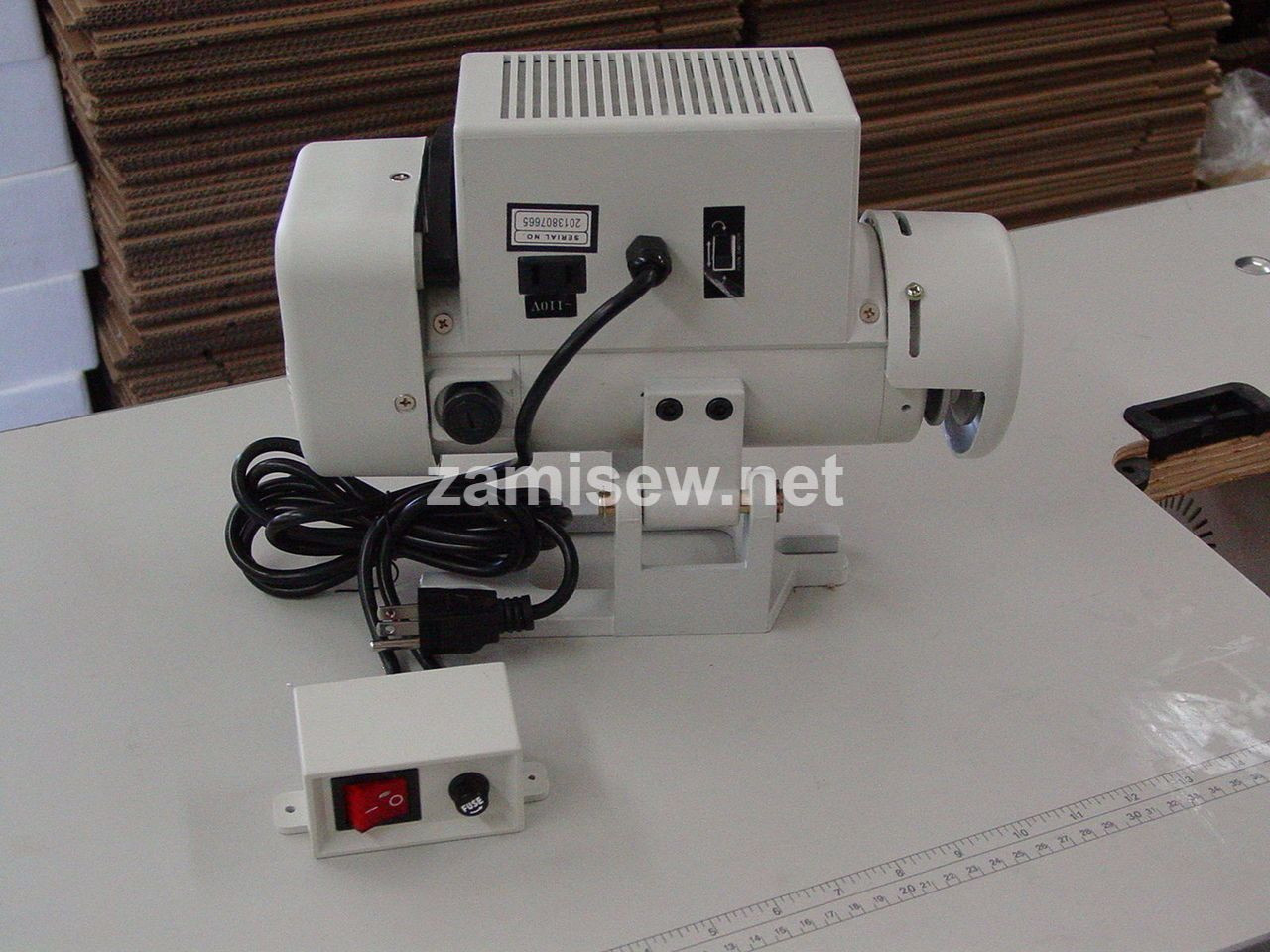 Consew 206RB5 Industrial Walking Foot Machine for Leather with 3/4 HP Servo Motor