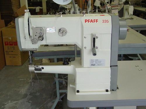Pfaff 335 Industrial Sewing Machine Walking Foot