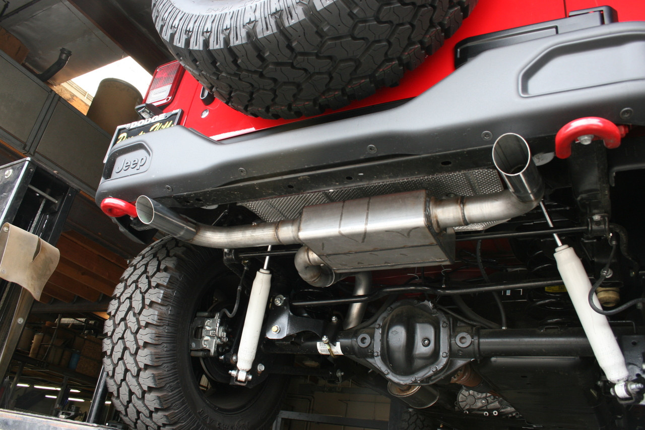 Jeep Wrangler Axle Back With Polished Stainless Steel Tip