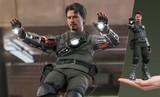 Hot Toys - Iron Man - Tony Stark (Mech Test Deluxe Version)