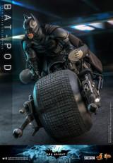 Hot Toys - The Dark Knight Rises Bat-Pod