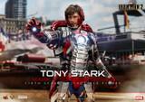 Hot Toys - Iron Man 2: Tony Stark (Mark V Suit Up Version)