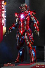 Hot Toys - Iron Man 3: Silver Centurion (Armor Suit Up Version)
