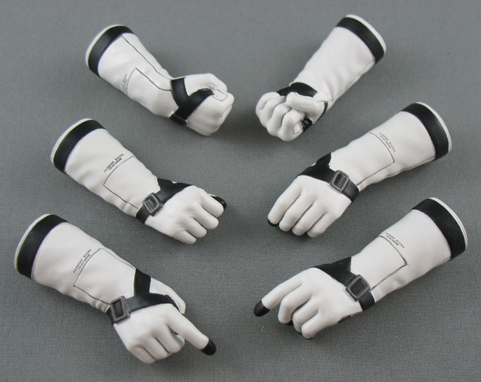 Hot Toys - The Boss Hand Set