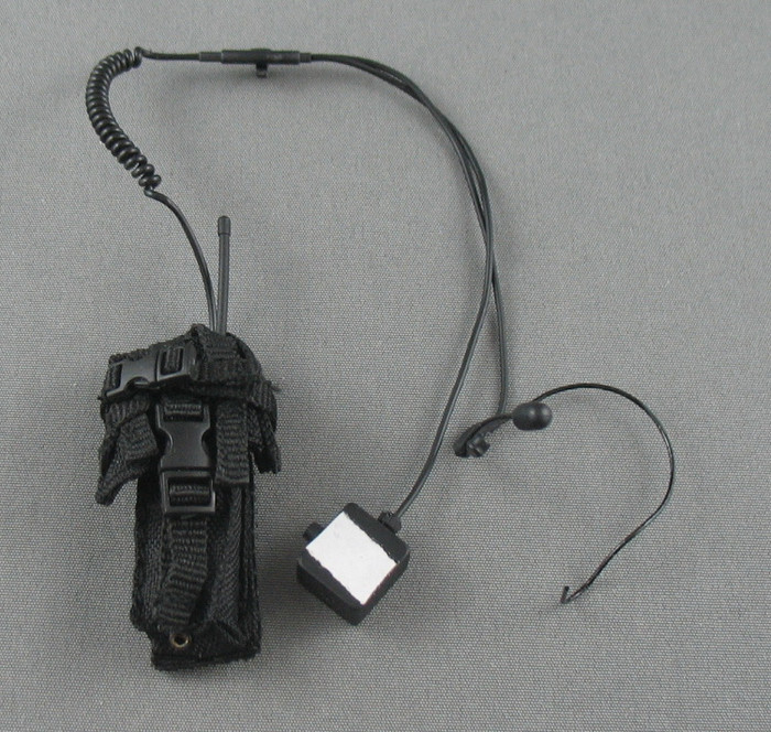 Art Figures - Radio - Motorola w/ Hand Mic and Ear Piece