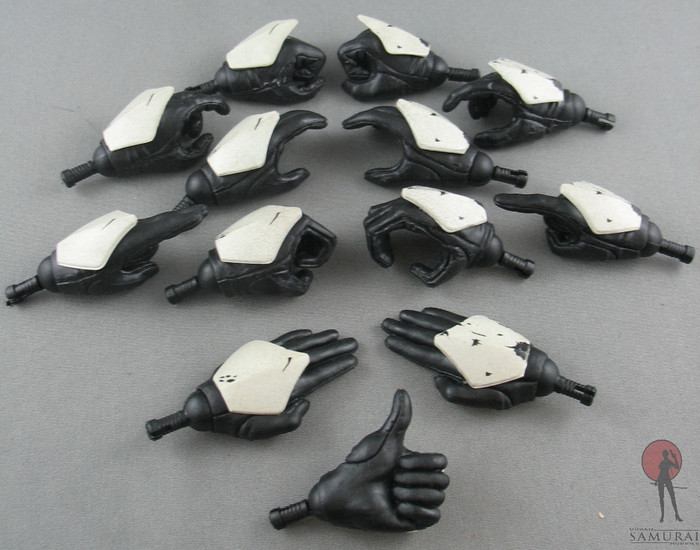 Sideshow - Hand Set - Armored - White