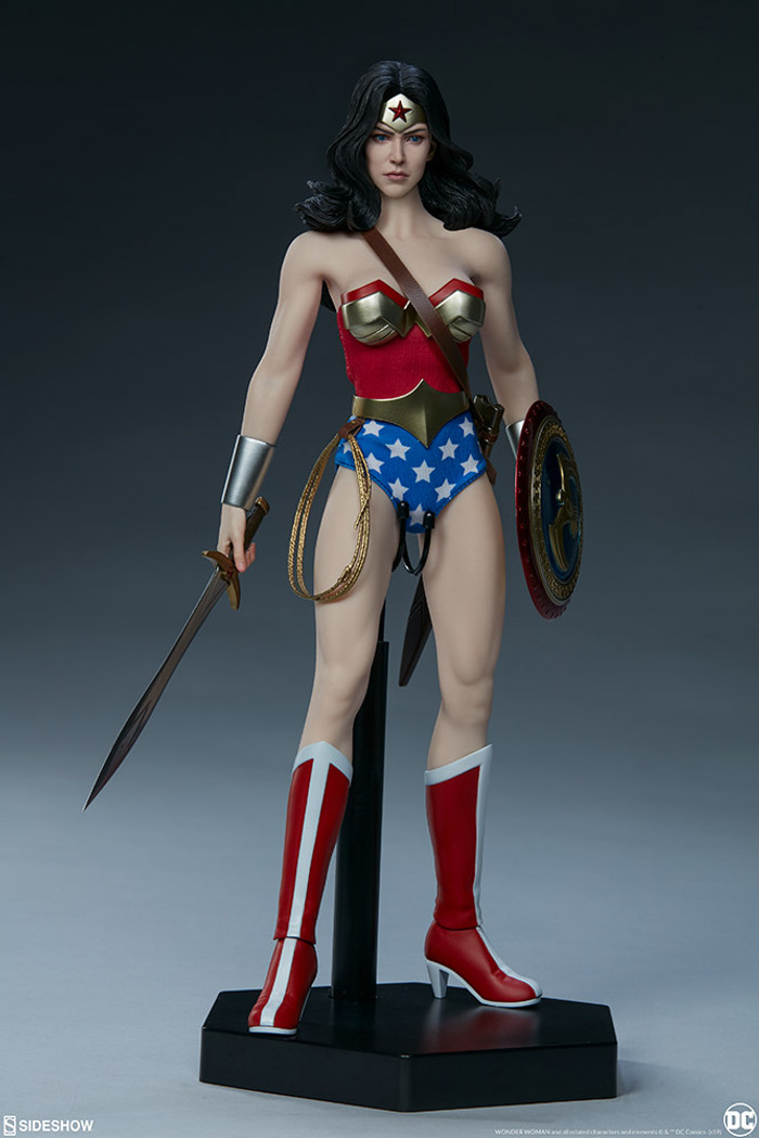 Sideshow - DC Comics: Wonder Woman