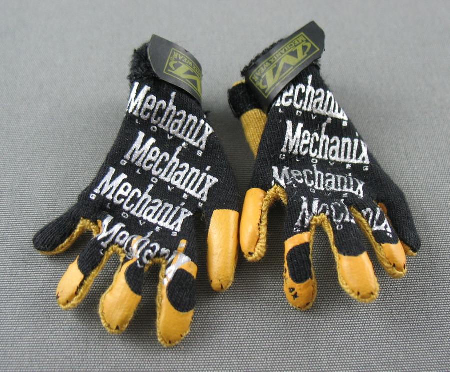 DAM - Mechanix Gloves - Black and Yellow