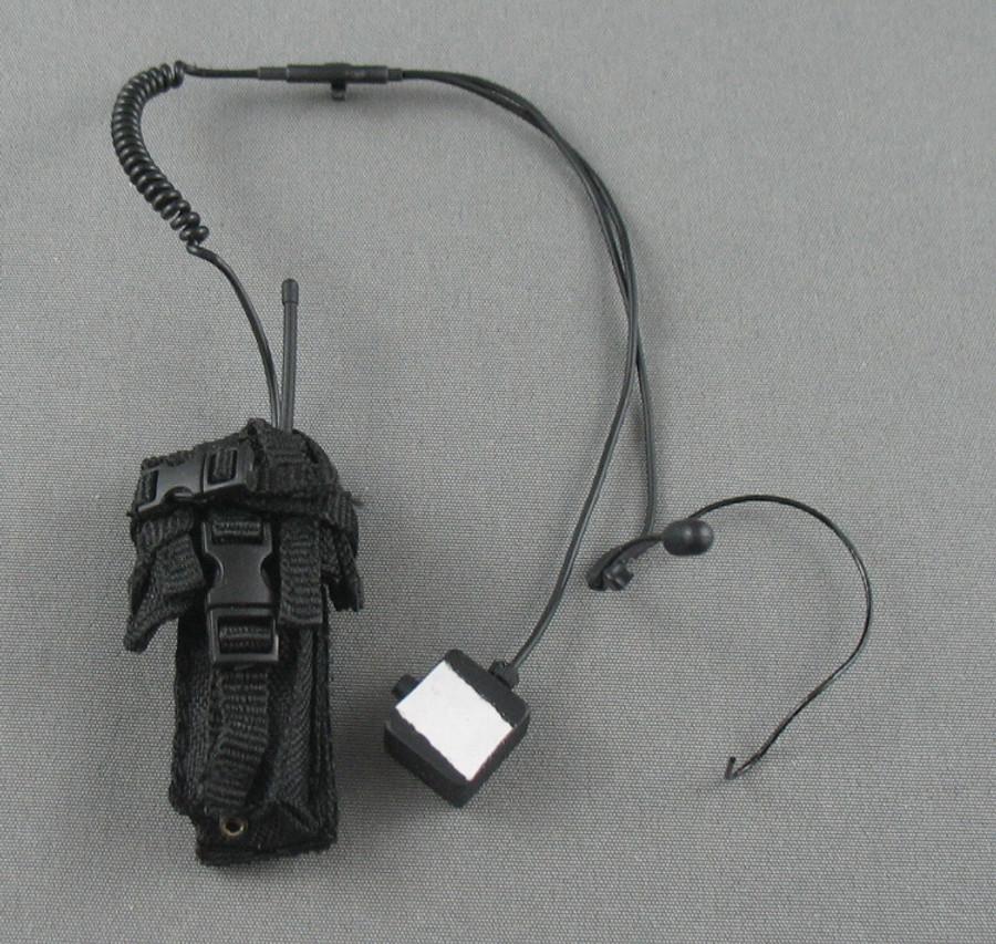 Art Figures - Radio - Motorola w/ Hand Mic and Ear Piece