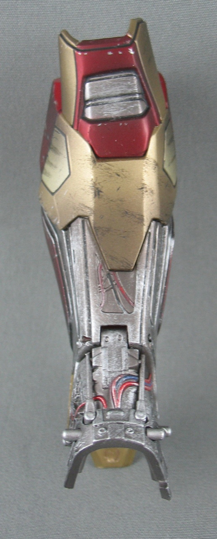 Hot Toys - Ironman Armor - Left Leg - Damaged