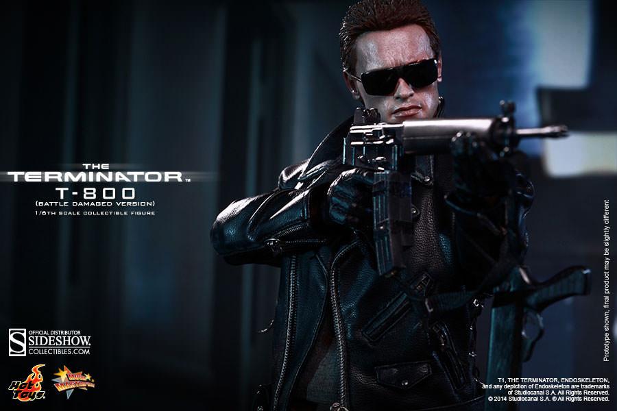 Hot Toys - Terminator - T-800 Battle Damaged