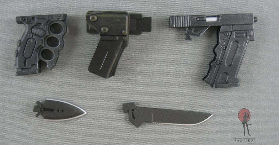 Hot Toys - Battle-Kata - Glock 21, Combat Knife, Punching Dagger, Holster
