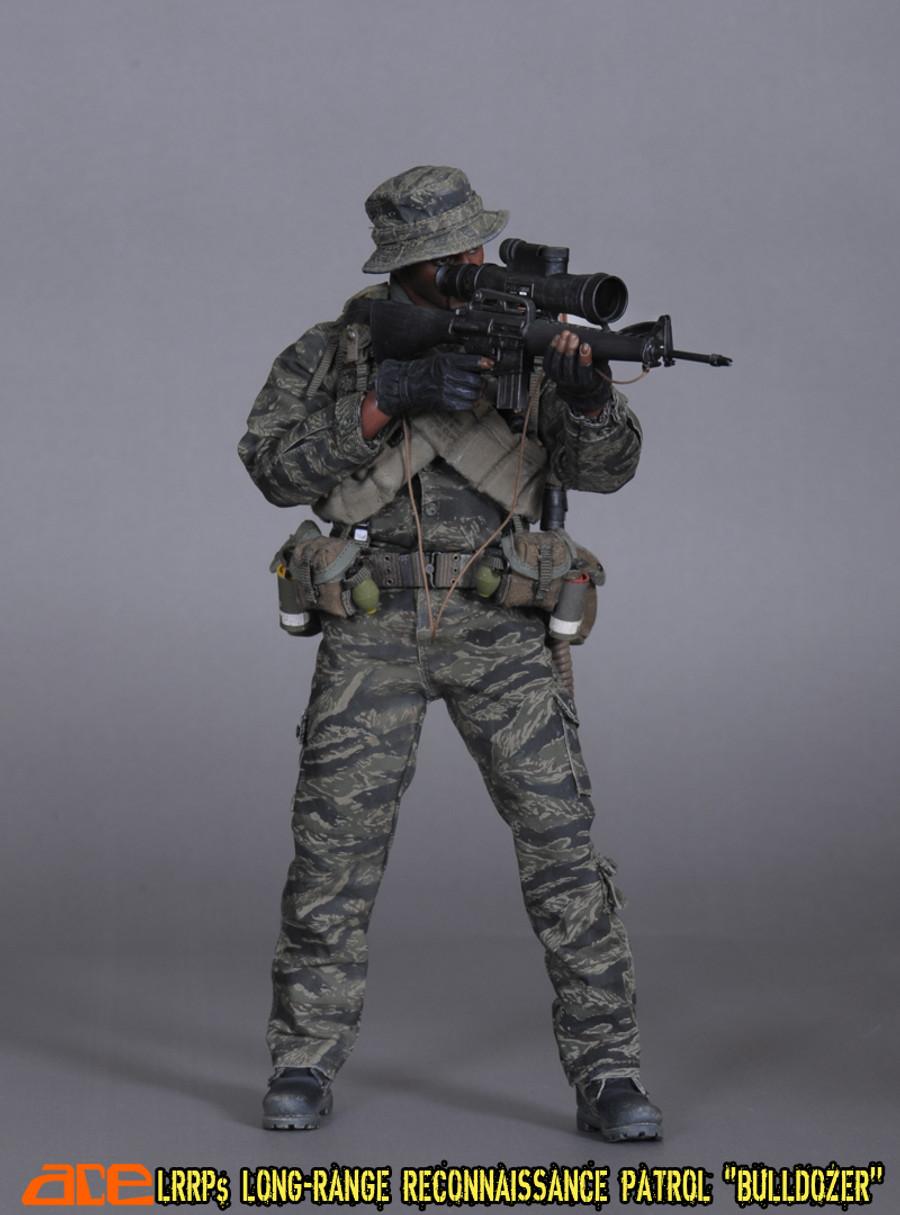 "Ace Toys - Long-Range Reconnaissance Patrol ""Bulldozer"" (LRRP)"