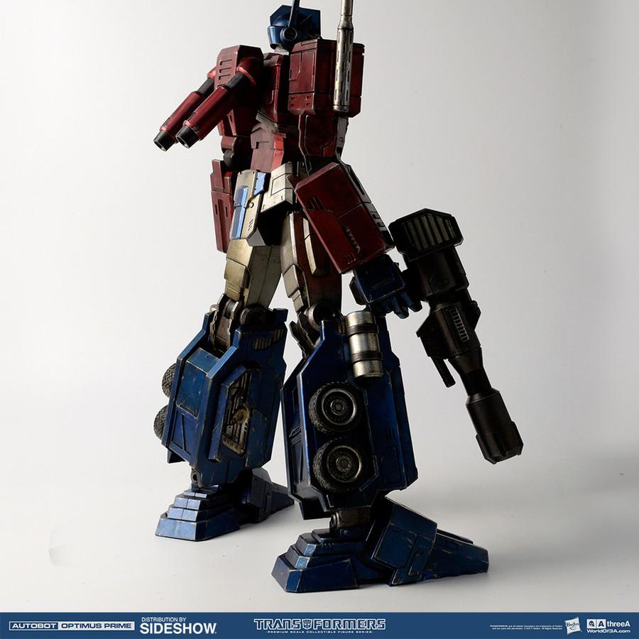 ThreeA Toys - Optimus Prime Classic Edition
