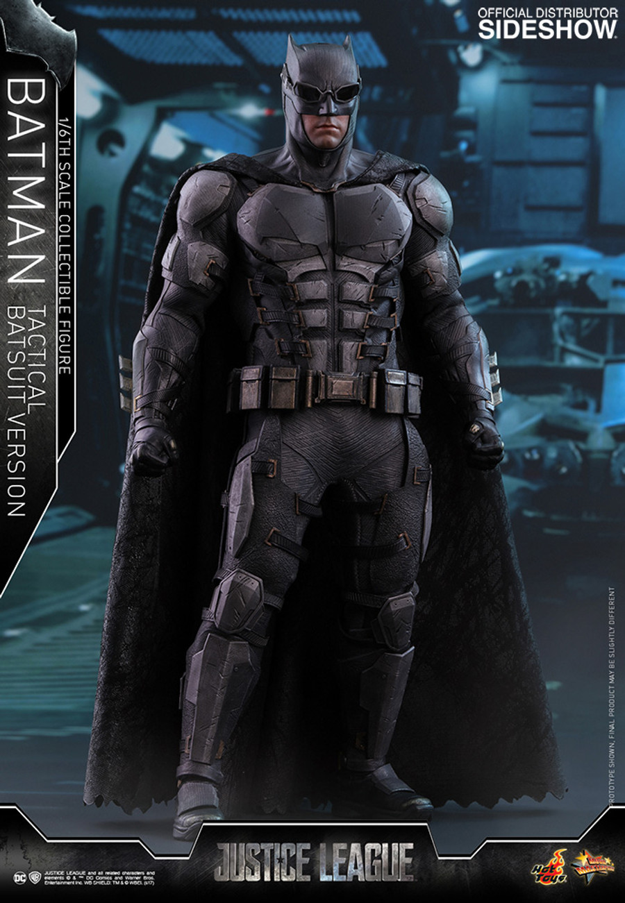Hot Toys - Justice League: Batman Tactical Batsuit Version