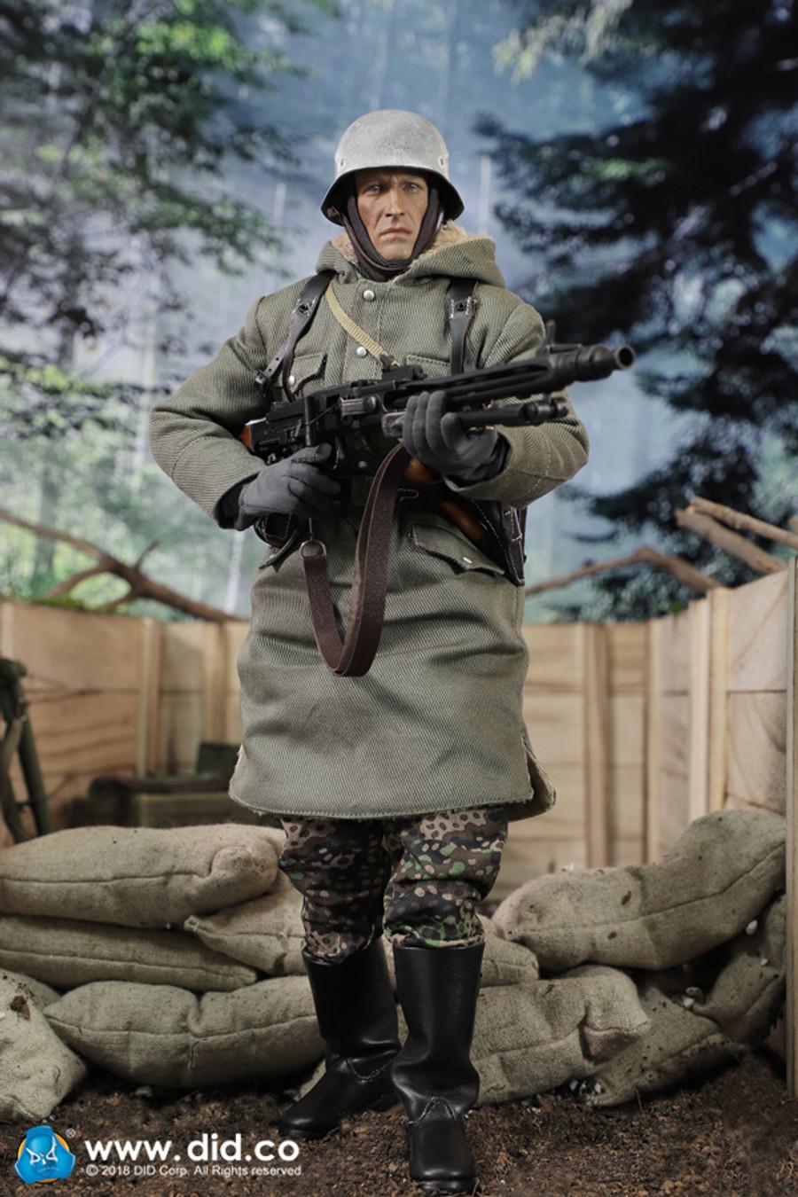 DID - SS-Panzer-Division Das Reich MG42 Gunner A - Dustin