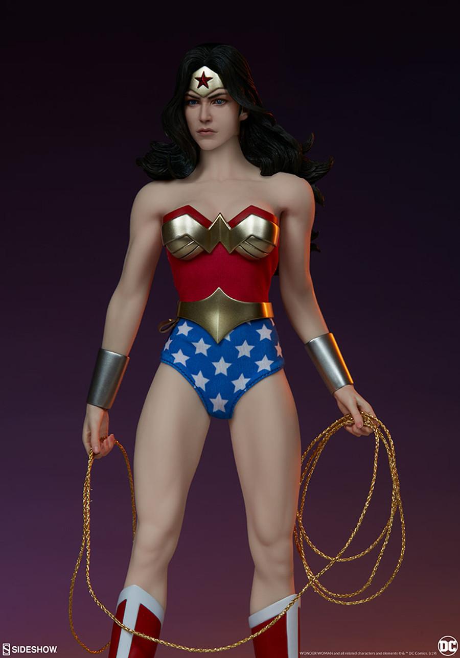 Sideshow - DC Comics: Wonder Woman