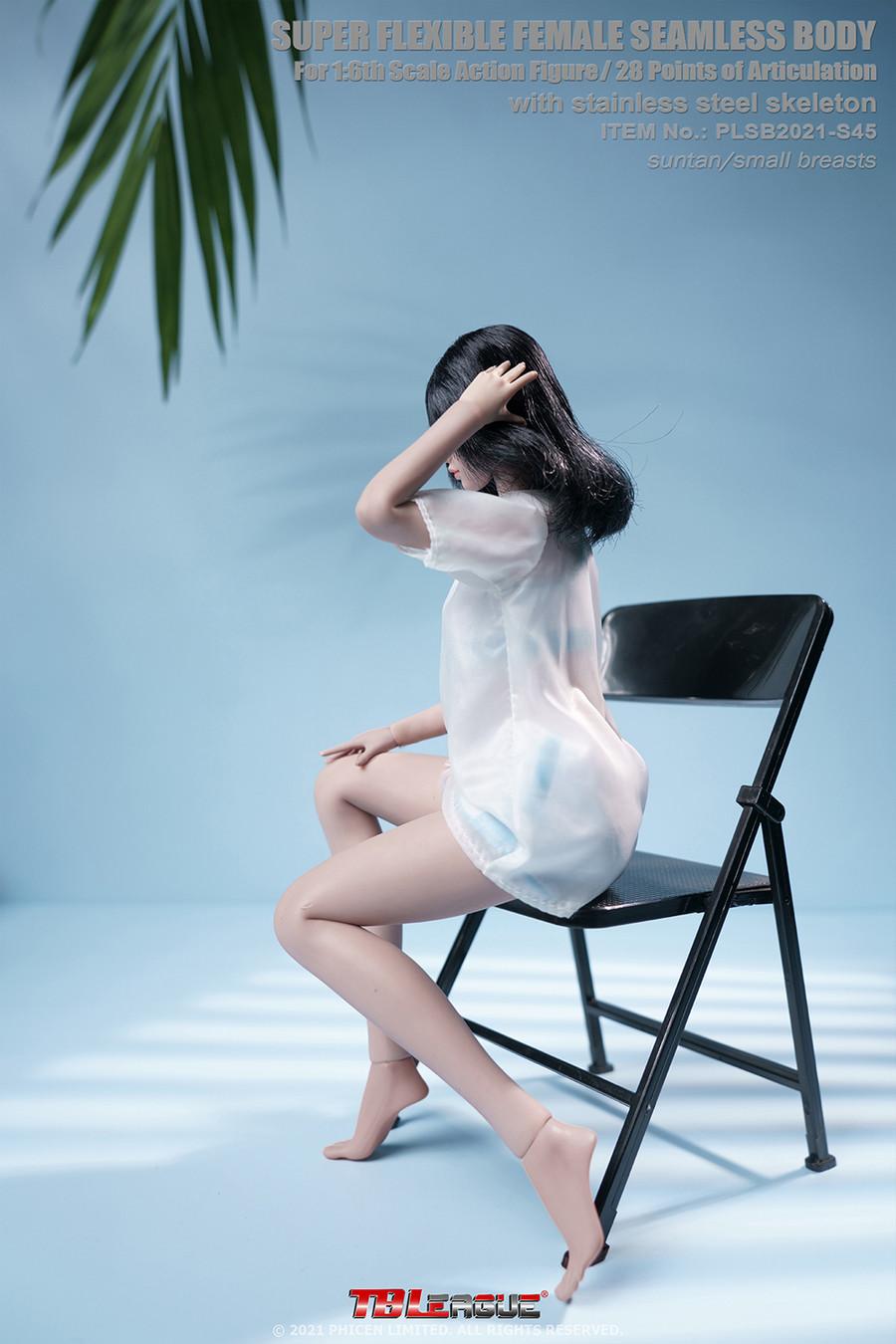 TBLeague - Suntan Female Super Flexible Seamless Body Small Breast with Headsculpt - S45
