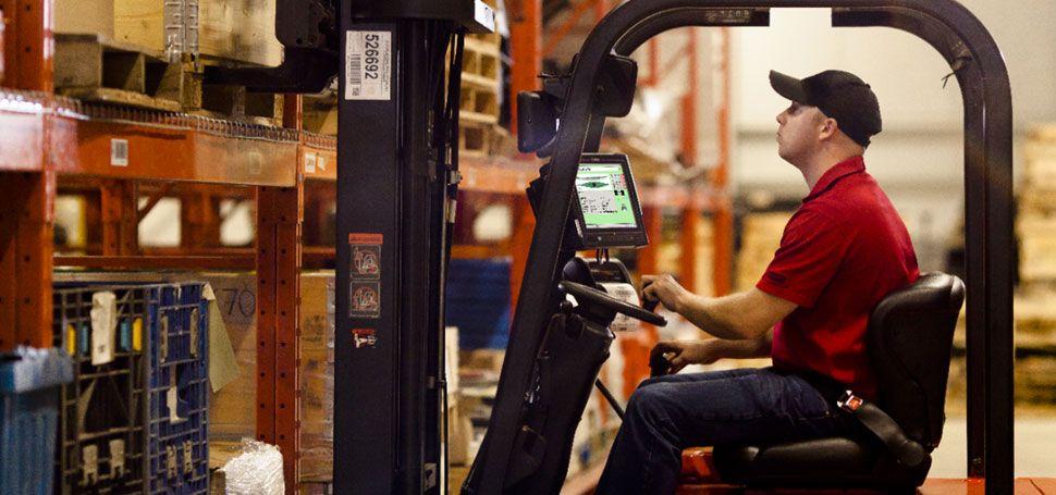 warehouse-vehicle-mounted-computer.jpg