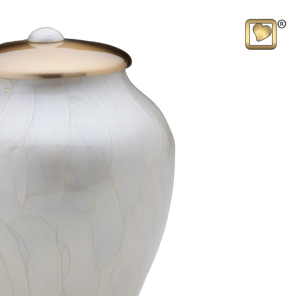 Pearl Simplicity Brass Cremation Urn - Detail