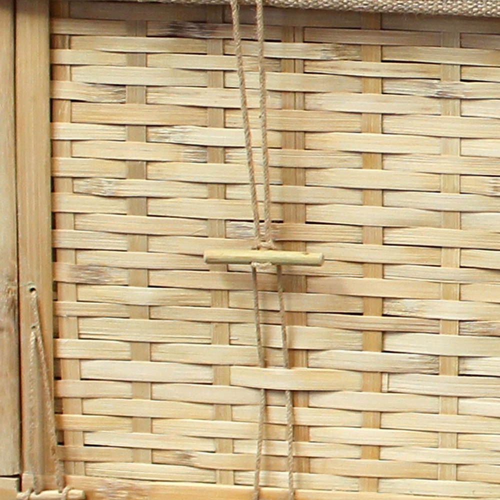 Bamboo Casket Detail: Toggle/clasp