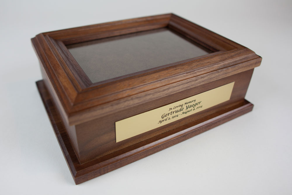 Glass lid top with walnut wood frame
