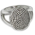Elegant Oval Fingerprint Ring: No chamber