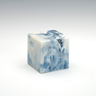 Small Cube Cultured Onyx Urn in Sapphire