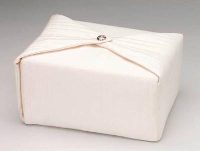Silk Fabric Cremation Urn in Cream | Silk Urns