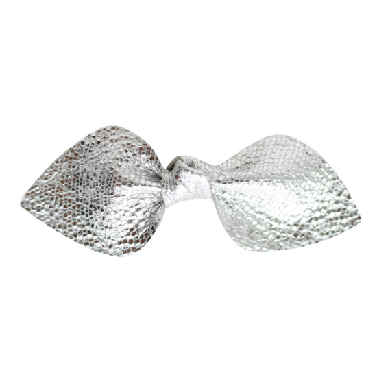 Crackled Silver Leather Bow Clip