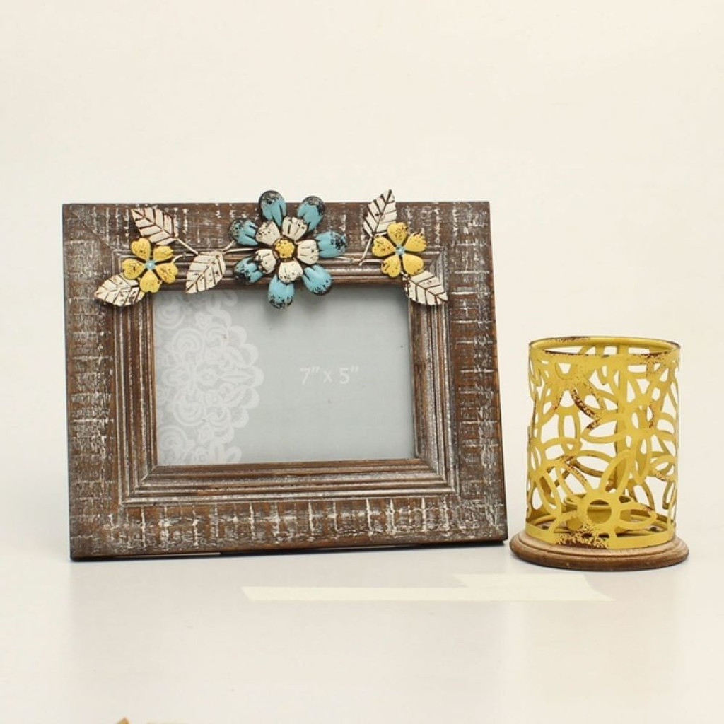 Flowers on Frame Tealight Candle Holder