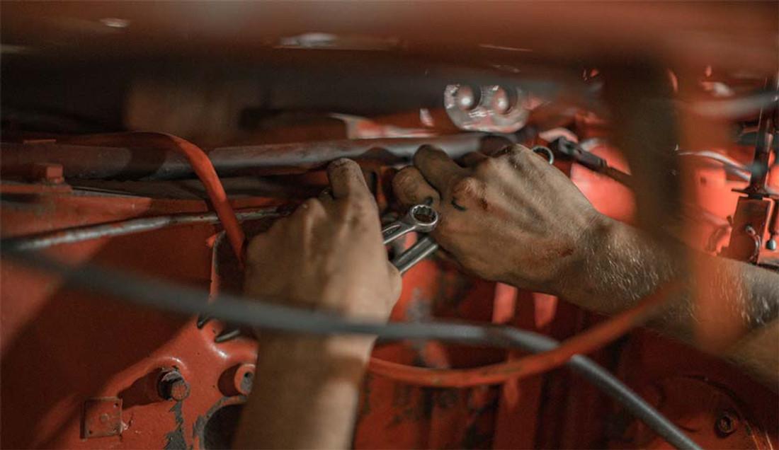 Classic Car Restoration - Where to Begin? A Car Restoration Guide